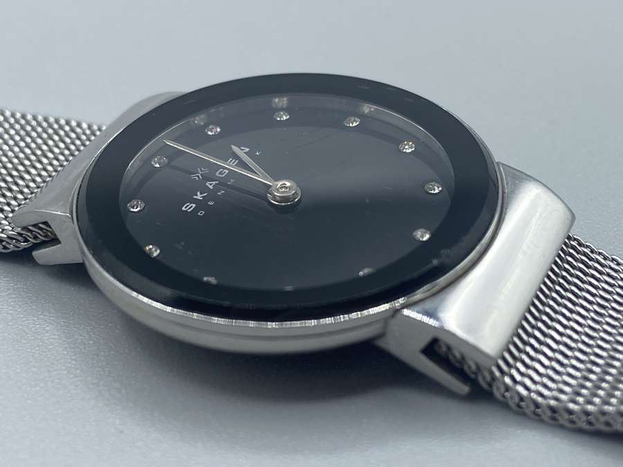 Battery-Powered Watches