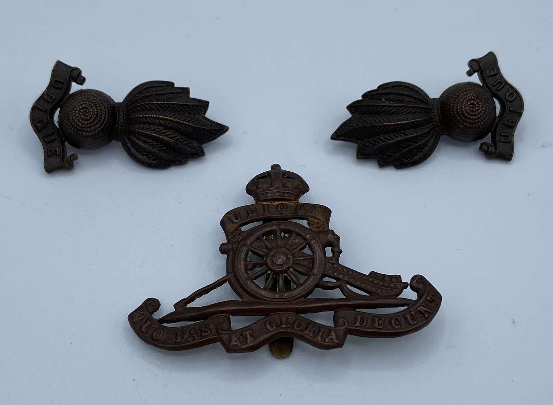 WW2 Royal Artillery Cap Badge & Shoulder Badges Left And Right Set
