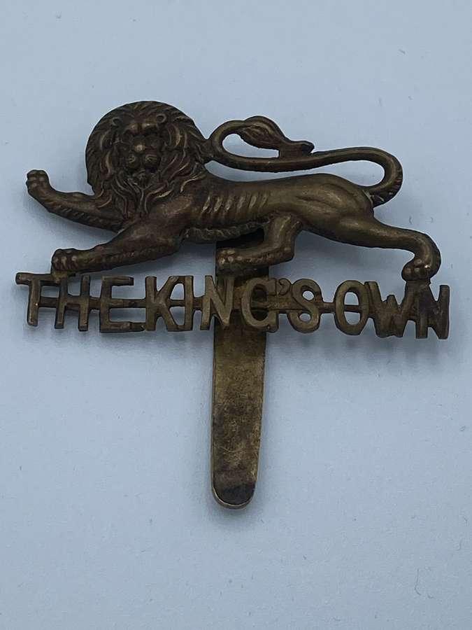 WW2 The Kings Own Slider Cap Badge