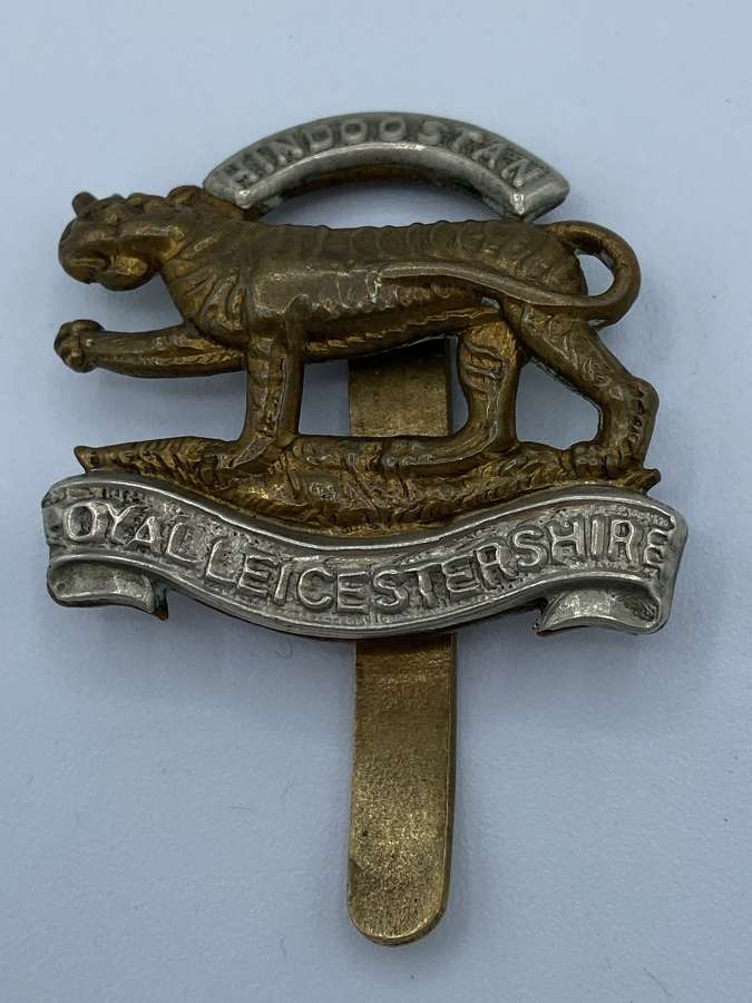 WW1 WW2 Royal Leicestershire Hindoostan Slider Cap Badge