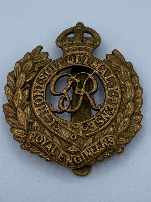 WW1 Royal Engineers RE Slider Cap Badge