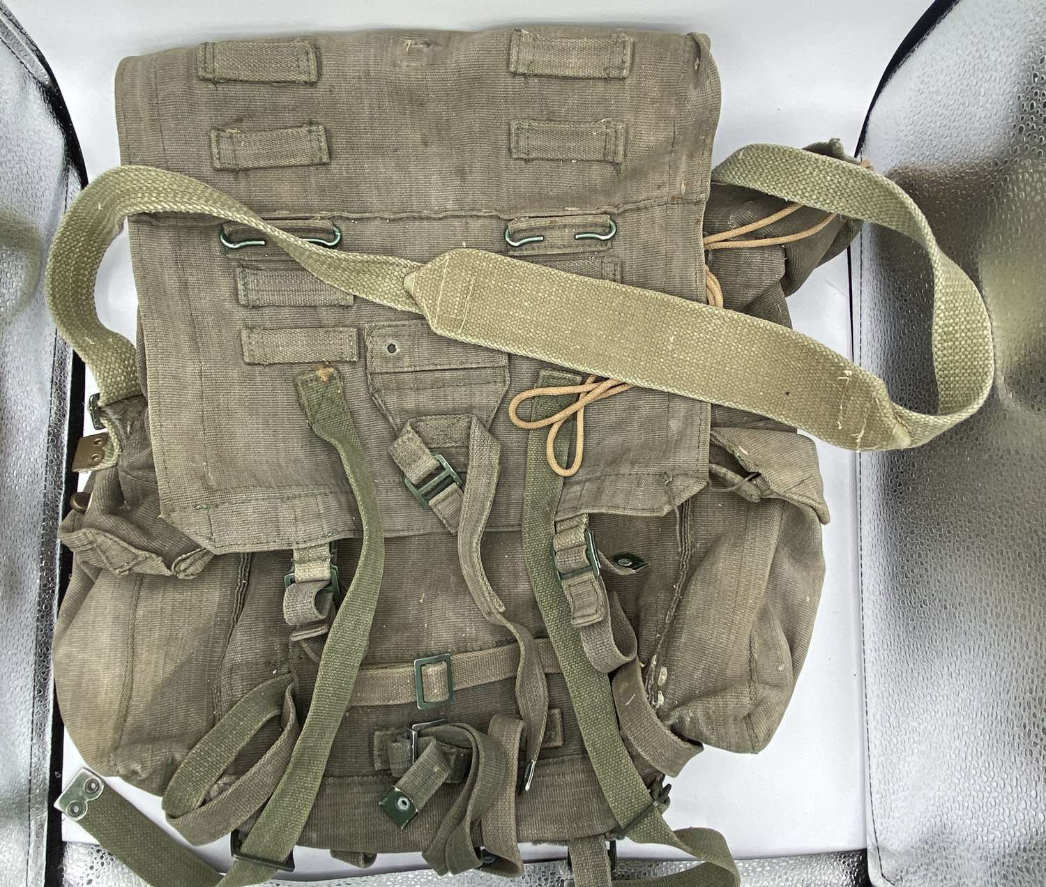 1980s British Army Royal Marines Used In Falklands War  Large Pack