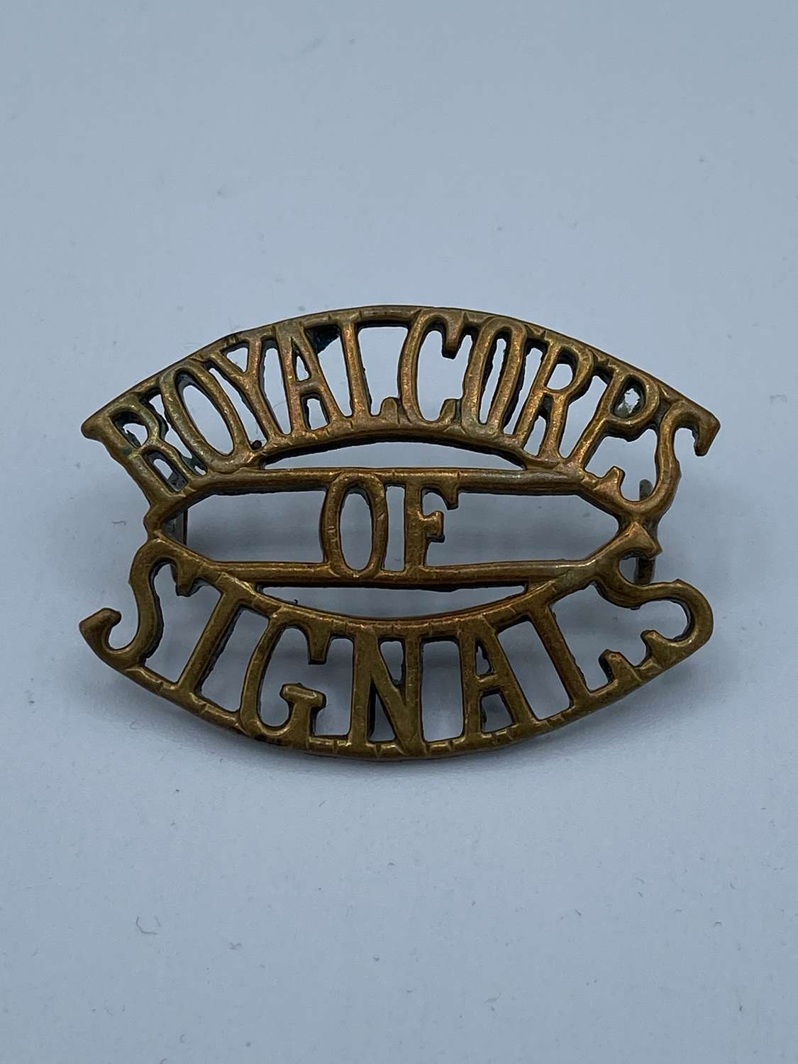 Ww2 Royal Corps Of Signals Brass Shoulder Title