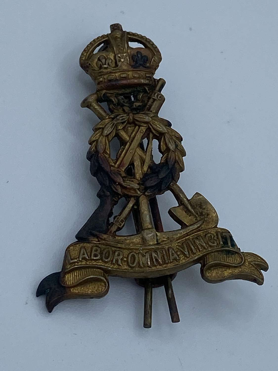 WW1 Labour Corps Two Prong Cap Badge