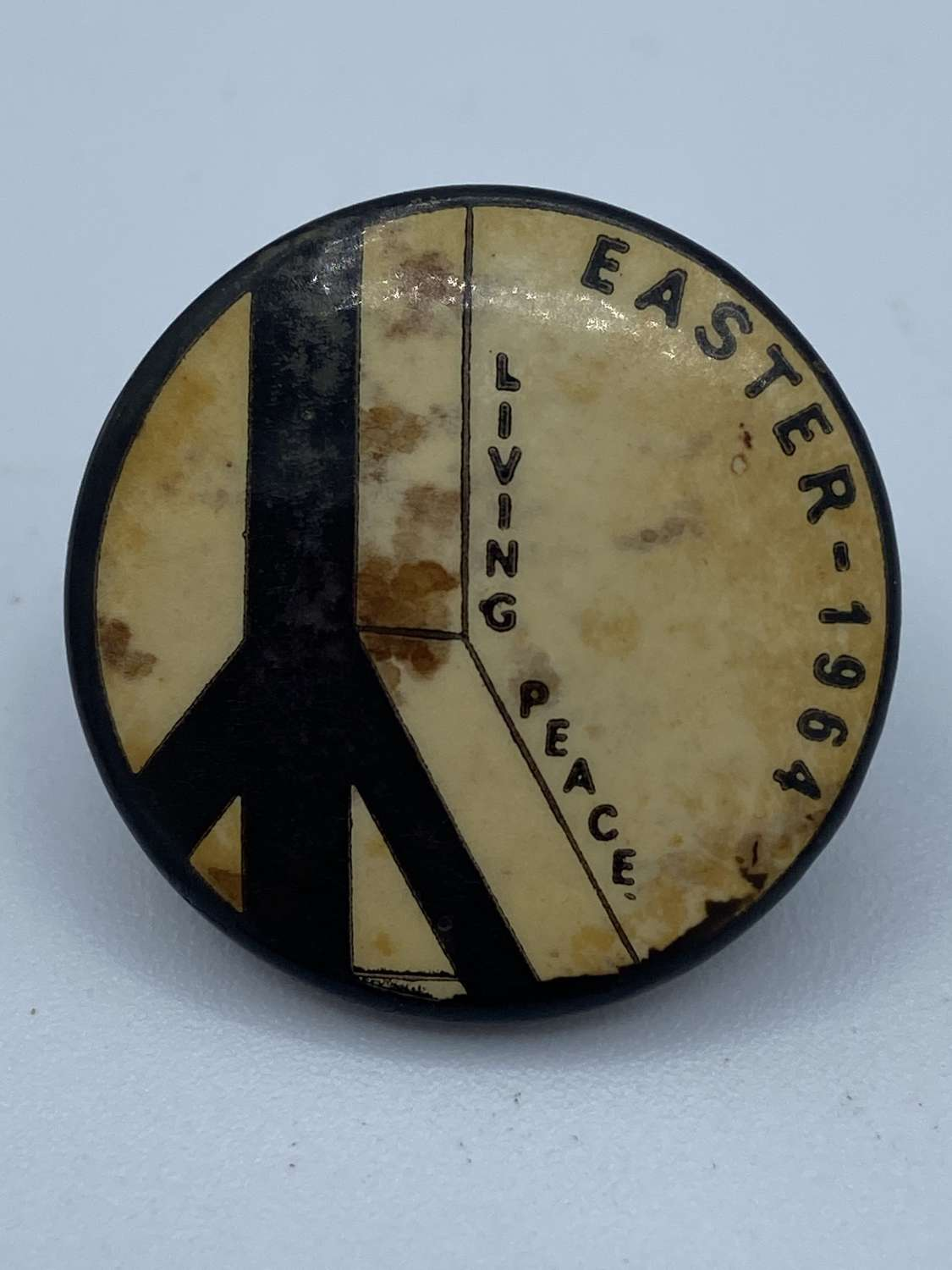 Vintage 1964 Easter March Peace Protest Political Campaign Badge CND