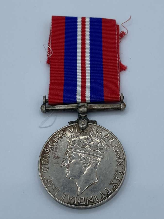 Original WW2 British War Medal And Ribbon 1939-44