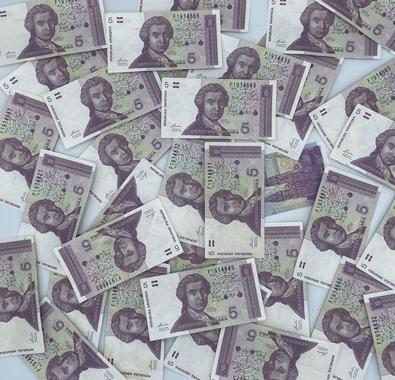 35 X Vintage Uncirculated 5 Hrvatski Dinar Crotian Bank Notes 1991