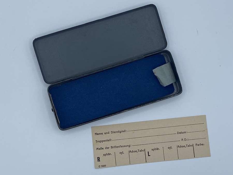 WW2 German Wehrmacht 1937 Dated Service Glasses Case