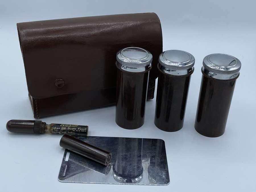 WW2 British Officers Private Purchase Bakelite Vanity Kit