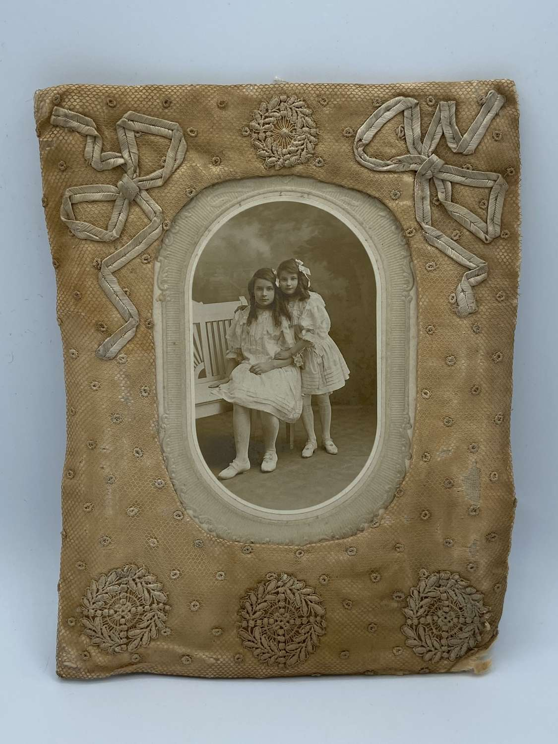 Victorian United States Young Girls Children CDV In Embroidered Frame