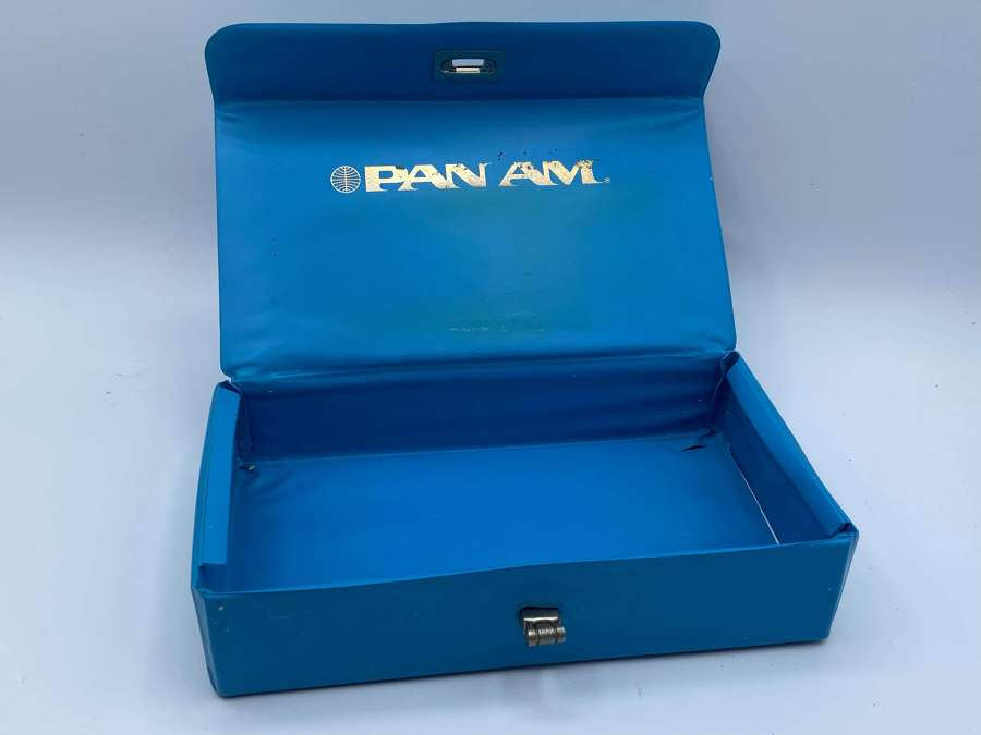Vintage 1970s Pan Am Empty Blue Wash Box