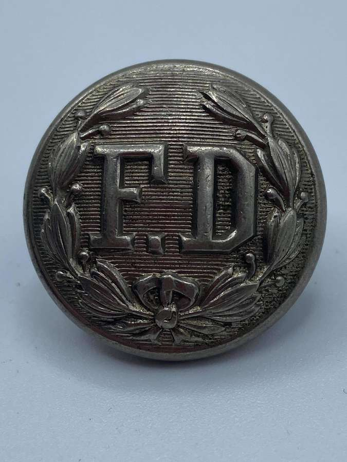Early 1800 USFire Department Scovill MFG Co Waterbury Button