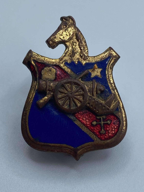 WW2 United States 104th Field Artillery Battalion DUI Badge