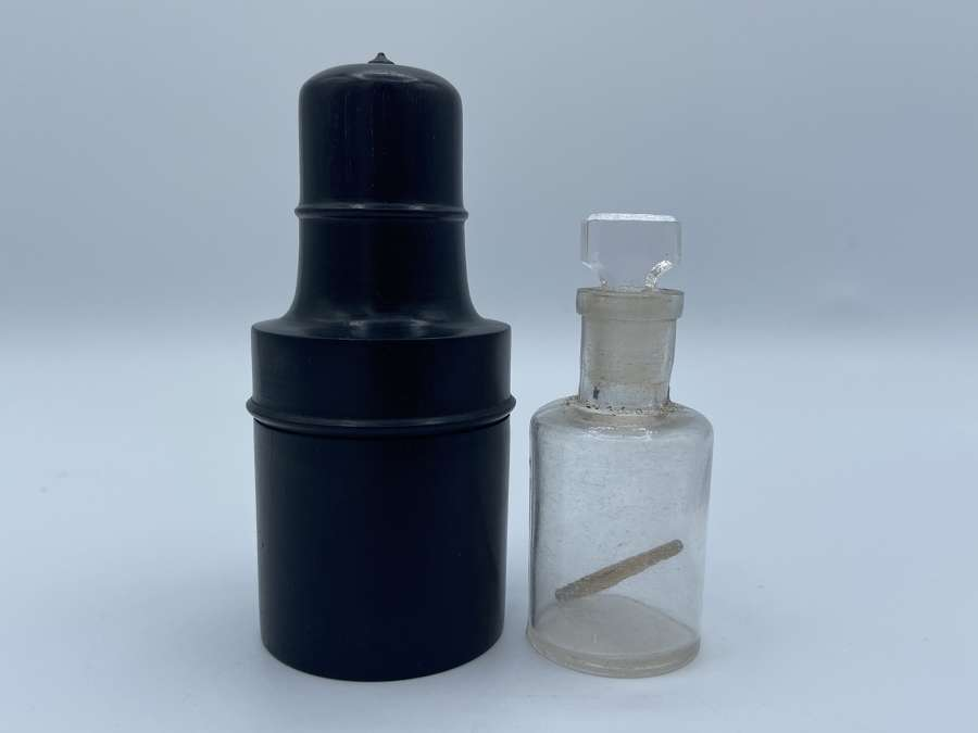 Antique Victorian Glass Apothecary Bottle In Ebony Case