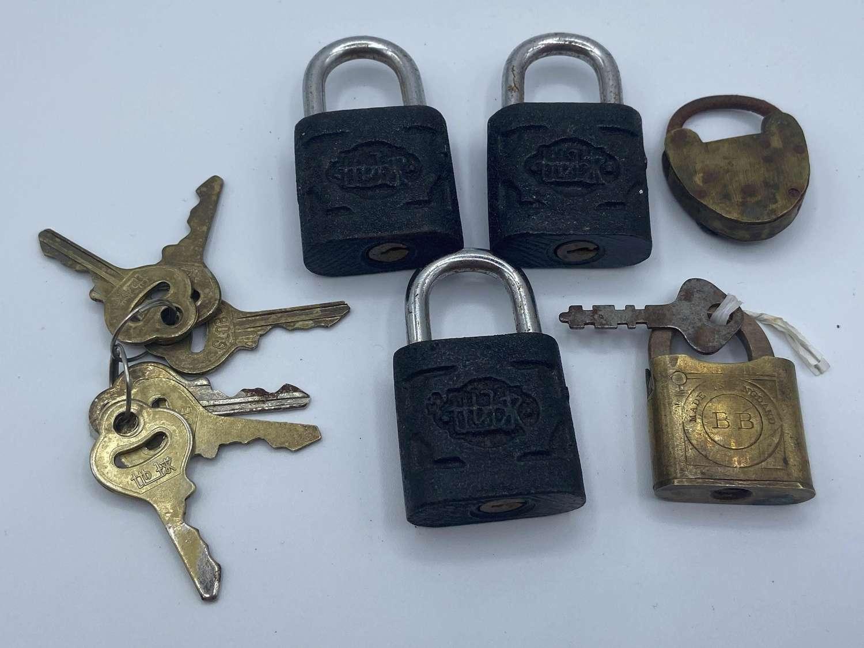 Job Lot Of 5 Antique Ornate Matt Black Globe & BB Padlocks & Keys