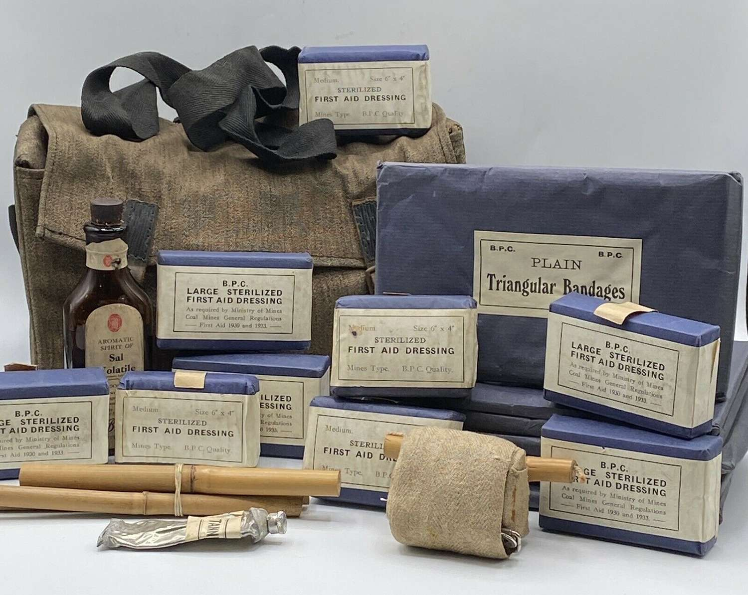 WW2 1930-40s British Bevin Boys Ministry Of Mines First Aid Kit