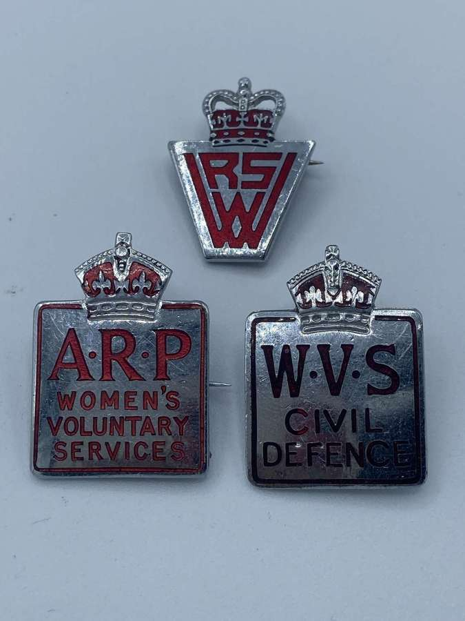 WW2 Lot Of WVS ARP Womens Voluntary Services Badges Kings Crown