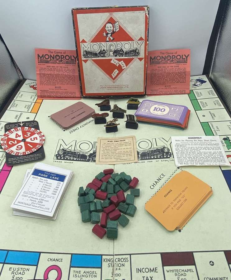 Full Homefront WW2 Wartime Pack Monopoly Game Spinner & Wooden Pieces