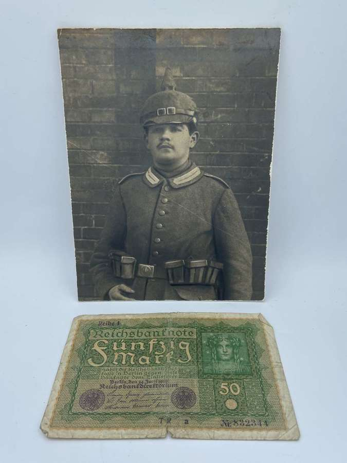 WW1 German Larger Pickelhaube Portrait Photograph & Funfzig Banknote