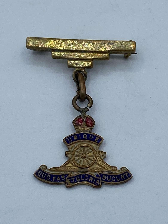 WW1 RA Regiment Sweetheart & Veterans Brass & Enamel Badge