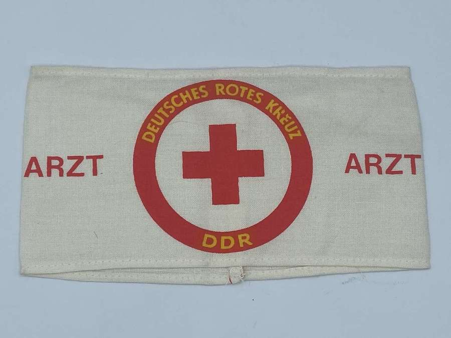 Post WW2 1960s DDR Deutsches Rotes Kreuz  Printed Doctors Armband