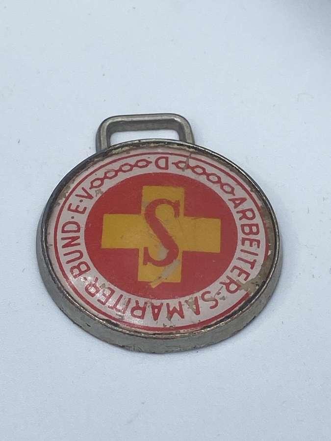 Vintage  Arbeiter-Samariter-Gruppen Workers' Samaritan Fed Badge