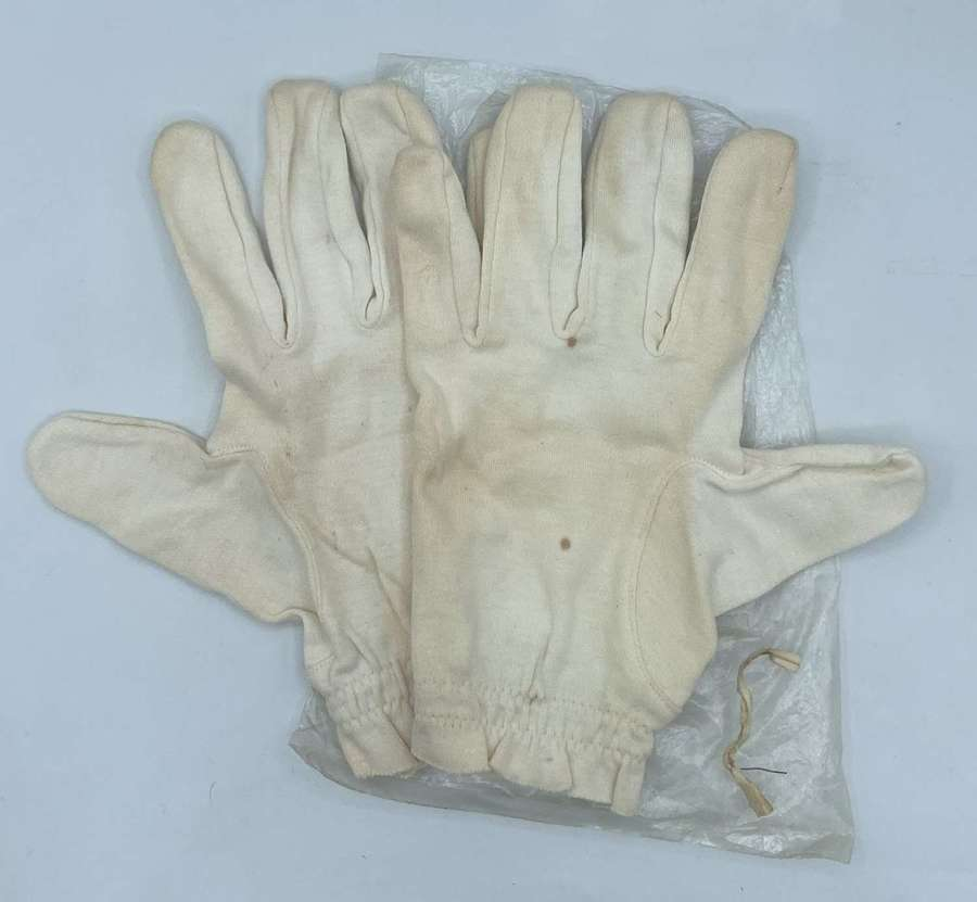 WW2 British Army Medical Cotton Gloves Elasticated Wrists Unissued