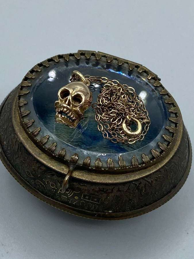 Victorian Egyptian Revival Trinket Chest Box & 9ct Gold Skull Necklace