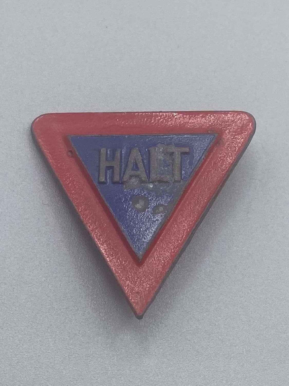 """WW2 German Winterhilfswerk """"Halt Vorfahrt"""" Road Sign Badge"""