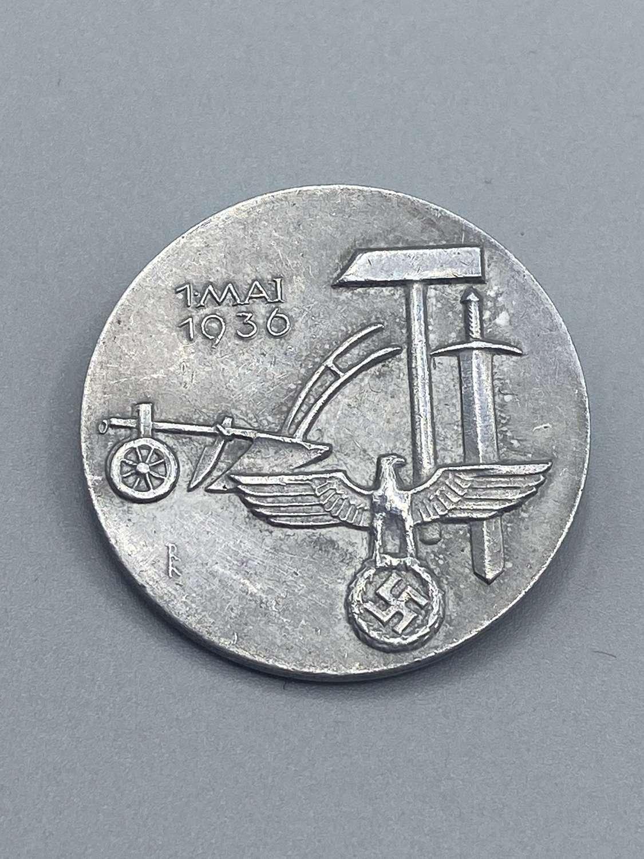WW2 German Labour Day 'Tag der Arbeit Mai 1936' Day Badge