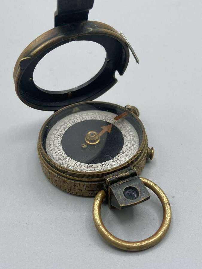 WWI U.S. Army Corps of Engineers 1918 Dated Prismatic Compass