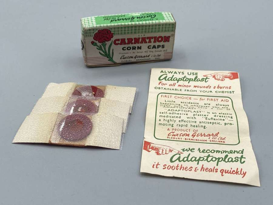 WW2 1930s Carnation Corn Caps Plasters & Contents